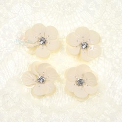 #3027 Shell Sequin Diamond Flower Cream - 4 pcs